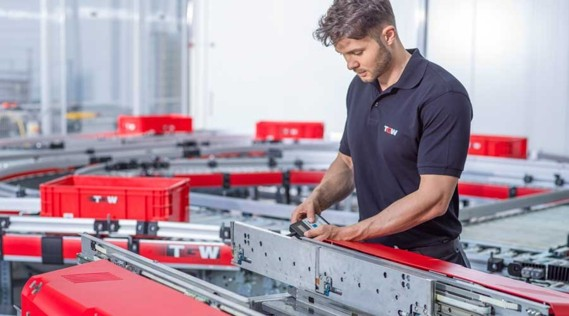 In Installation and Commissioning, you will primarily work with the technical implementation of our intralogistics solutions