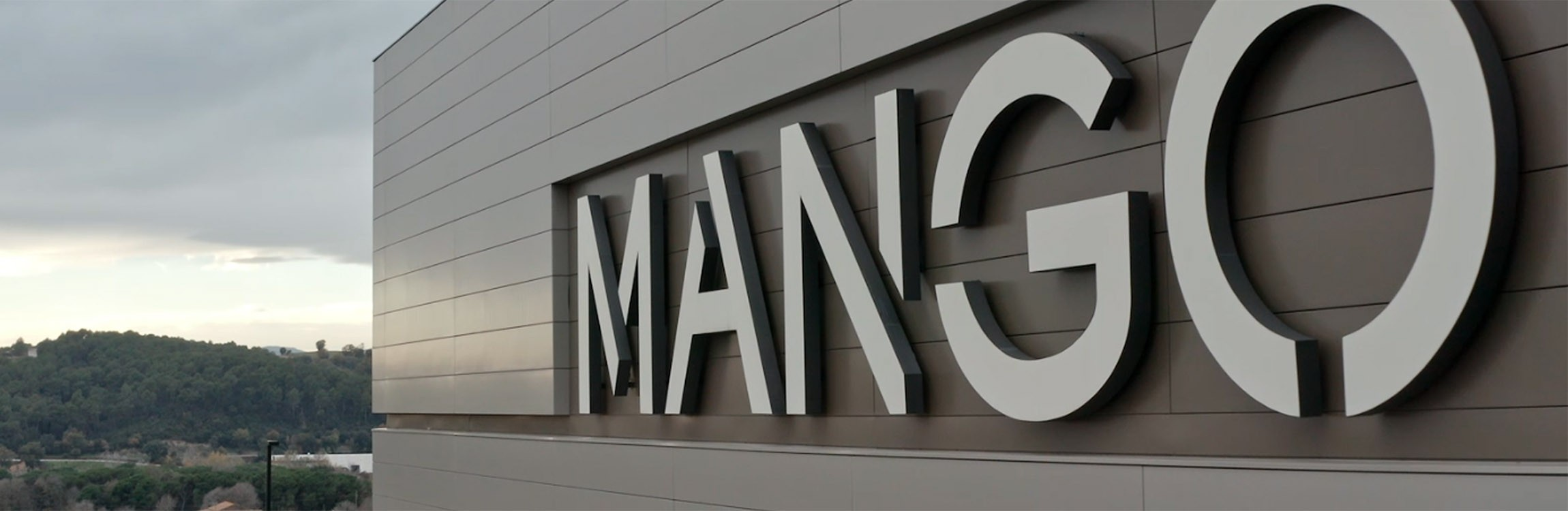 Mango: Efficient and streamlined process - from goods-receipt to goods-issue.